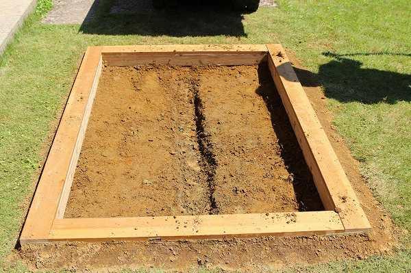 木枠を埋める